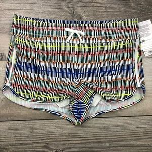 NWT ATHLETA muilticolored size medium surge short